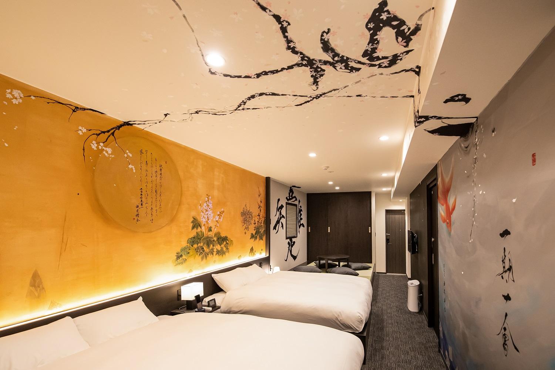 弊社運営のホテル「AKARI二条城」内のアートがNHK『あさイチ』にて紹介されました!